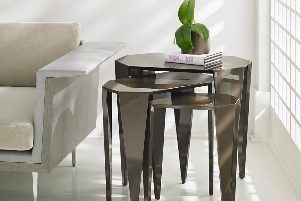 Bolier Nesting Tables rottet